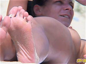 naturist amateur CloseUp clean-shaven cooter lubricated knockers spycam