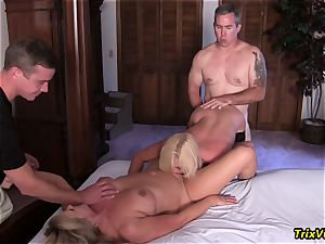 group tear up the Stripper with Ms Paris Rose