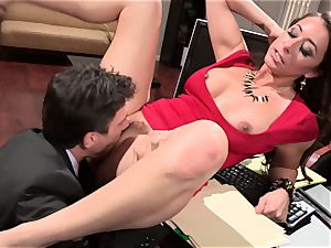 Kaylynn gives her chief a taster