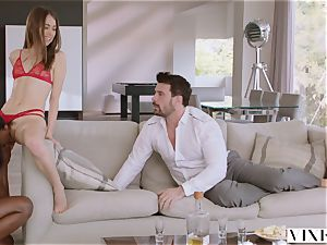 VIXEN Riley Reid has strenuous 3some with Ana Foxxx and beau