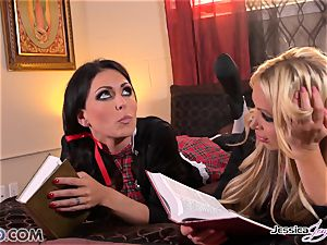 lesbians Jessica Jaymes and Nikki Benz barred love