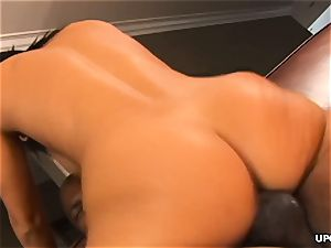 yam-sized booty black-haired stunner takes on a enormous ebony salami