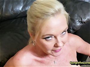 The cougar instructor teaches the schoolgirl