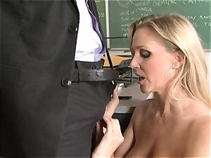 promiscuous bawd Julia Ann luving her man's plank badgering her slippy facehole