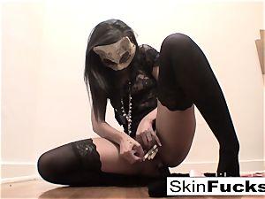 highly kinky cooch play with skin Diamond