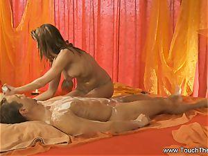 Twisty arm movement massage