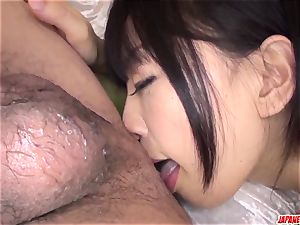 bootylicious butt Yui Kyouno displays off on cam in complete pov