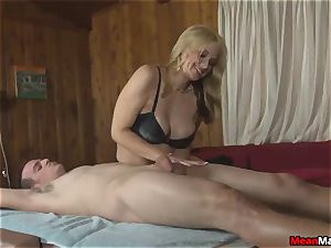 client Shocks To watch The marvelous ash-blonde massagist