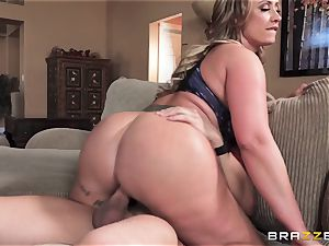 Eva Notty thirsts extra spunk topping from pizza stud