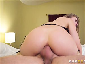 sliding cock and jizz down the caboose of Lena Paul