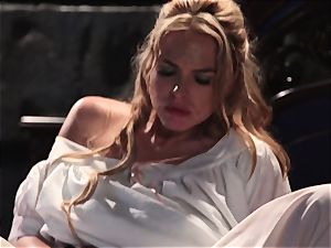Keira Nicole takes a shaft battering in this super-sexy parody