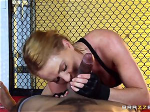 Krissy Lynn gets interracial plumbing in the ring
